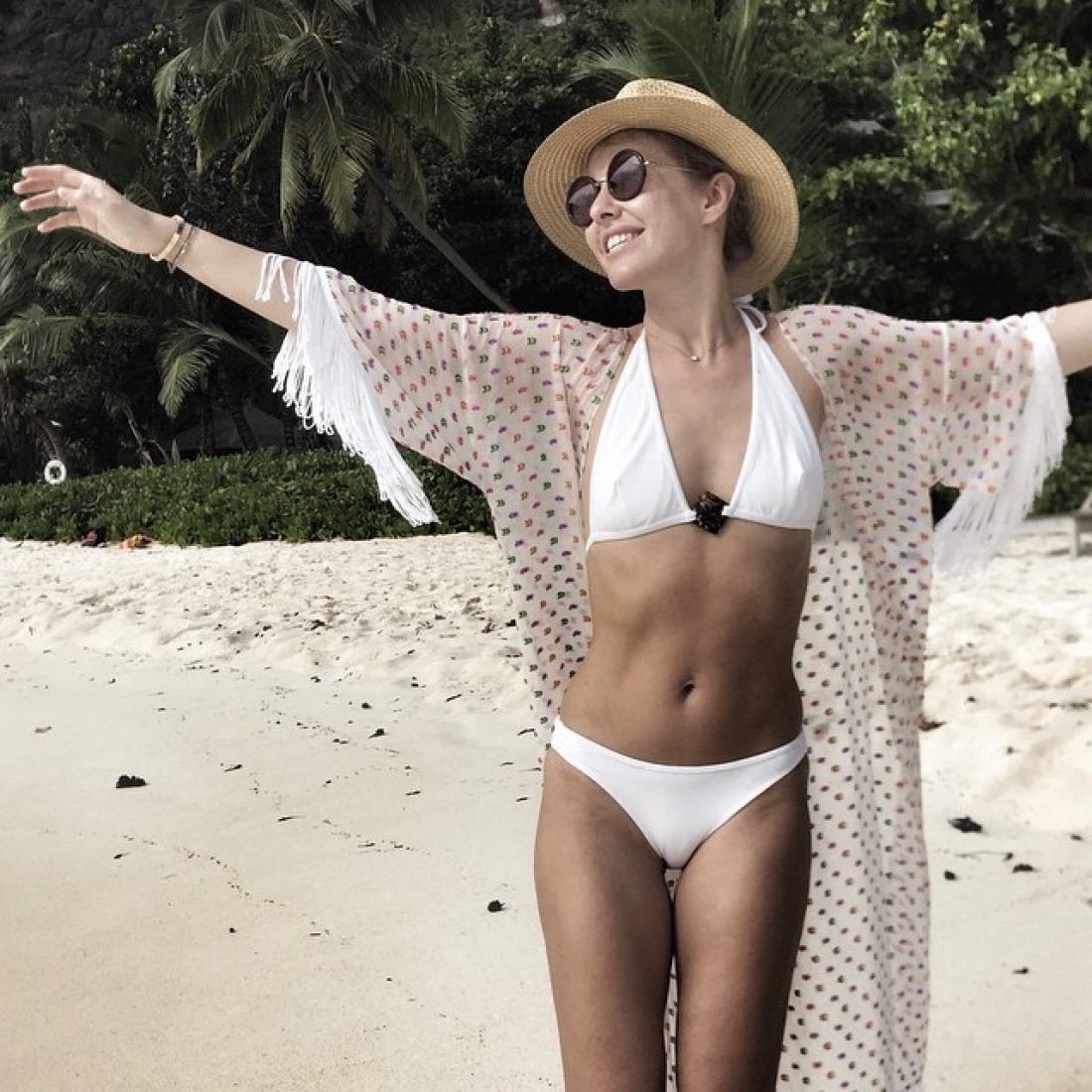 Selfie Bikini Ksenia Sobchak naked photo 2017